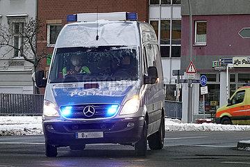 Berlin  Deutschland  Einsatzwagen der Berliner Polizei