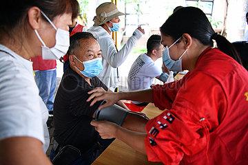 CHINA-HAINAN-HAIKOU-COVID-19-IMPFUNG-ACCESS (CN)