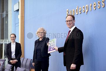 Christine Lambrecht  Report Verbraucherschutz