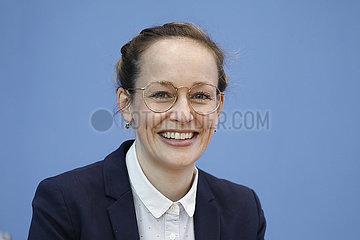 Bundespressekonferenz zumThema: Vorstellung des Gutachtens zur Lage der Verbraucher