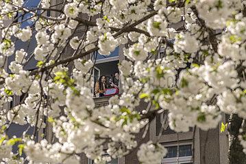 Spontanes Fensterkonzert in Muenchen  April 2021