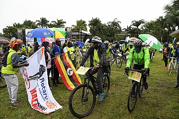 UGANDA-KAMPALA-Weltmalariatag-Losfahren  UGANDA-KAMPALA-Weltmalariatag-Losfahren