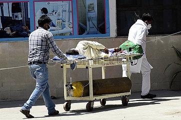 INDIEN-COVID-19-RESURGENCE-Gesundheitssystem