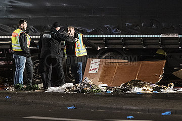 9 Dead After Truck Drives Into Christmas Market in Berlin