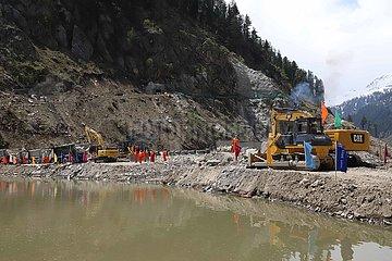 PAKISTAN-Mansehra-CHINA-Wasserkraft-Projekt-RIVER SCHLIESSUNG
