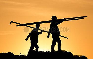 # CHINA-INNER MONGOLIA-HOHHOT-CONSTRUCTORS (CN)
