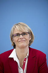 Anja Karliczek - Aktionsprogramm Corona