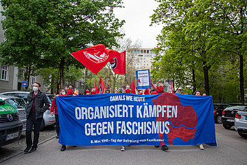 Antifaschistische Demontration zum Tag der Befreiung