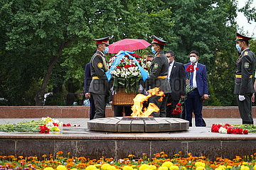 UZBEKISTAN-TASHKENT-WWII-VICTORY-COMMEMORATION