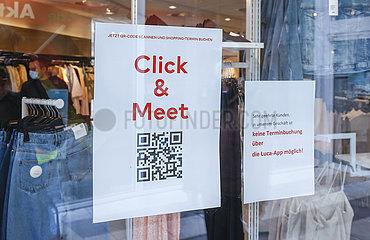 Click & Meet  Einzelhandel in der Coronakrise  Lockerungen in Coesfeld  Nordrhein-Westfalen  Deutschland