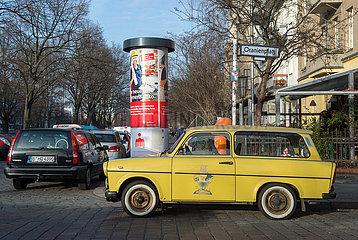Berlin  Deutschland - Trabant am Oranienplatz