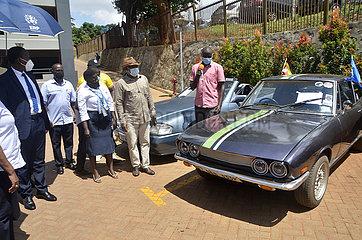 UGANDA-KAMPALA-VINTAGE CAR SHOW