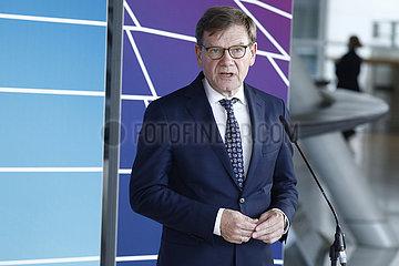 Pressekonferenz vor Beginn der Sitzung der CDU-Bundestagsfraktion  Bundestag