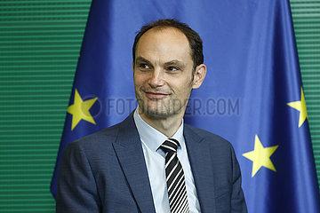 Anze Logar  Wolfgang Schaeuble - Treffen des dt. Bundestagspraesidenten mit dem Aussenminister Sloweniens