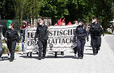 Abtreibungsgegner halten Gebetsvigil durch München