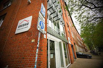 Deutschland  Bremen - Sitz der stadteigenen Wohnungsbaugesellschaft Brebau  ins Gerede gekommen wegen diskriminierender Vergabe bei Wohnungsvermietung