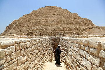 ÄGYPTEN-SAQQARA-STEP PYRAMID-VIEW