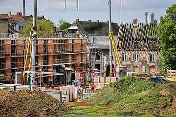 Neubau- und Abrisshaeuser in der ehemaligen Schlaegel- und Eisensiedlung  Gladbeck  Nordrhein-Westfalen  Deutschland