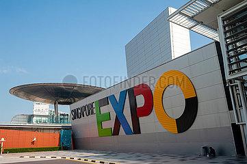 Singapur  Republik Singapur  Singapore Expo Kongress- und Ausstellungszentrum mit Metro Haltestelle