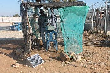 BOTSWANA-FRANCISTOWN-CHINESE SOLAR-Produkte-KLEINBETRIEBE-BOON