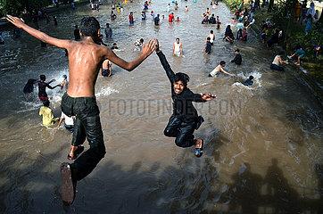 PAKISTAN-LAHORE-HOT WEATHER