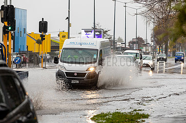 NEUSEELAND-Regenguß-FLUT