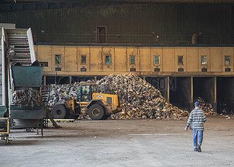 TÜRKEI-ISTANBUL-Recycling- und Kompostierungsanlage