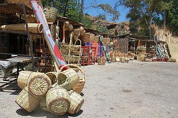 LIBANON-KOURA-Reeds-HANDICRAFTS