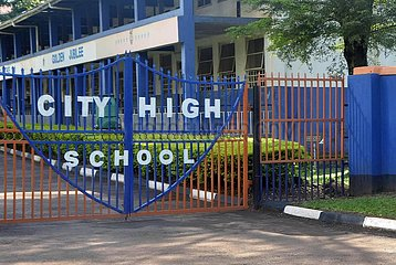 UGANDA-KAMPALA-COVID-19-SCHOOL-ABSCHLUSS