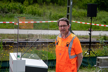 Andreas Scheuer beim Startschuss zum ersten digitalen Rangierbahnhof Deutschlands