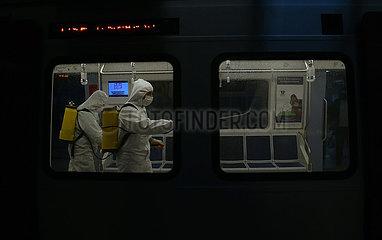 TÜRKEI-ANKARA-COVID-19-Desinfektionen