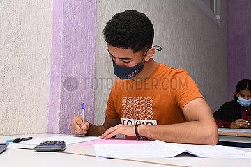 MAROKKO-RABAT-COVID-19-College-Aufnahmeprüfung