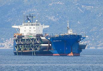 KROATIEN-PLOCE-CARGO SHIP-PELJESAC BRIDGE KROATIEN-PLOCE-CARGO SHIP-PELJESAC BRIDGE