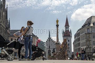 Marienplatz  Menschen in der Innenstadt  9. Juni 2021