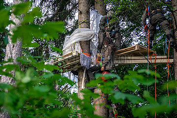 Räumung der Baumbesetzung im Forst Kasten