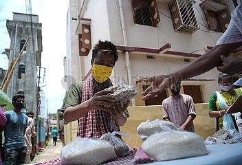 INDIA-AGARTALA-FOOD DISTRIBUTION