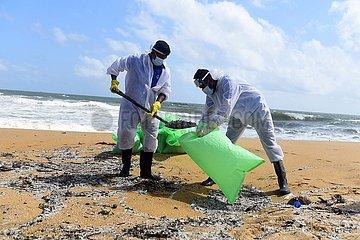 SRI LANKA-NEGOMBO-X-PRESS PEARL VESSEL-POSSIBLE OIL LEAK-INVESTIGATION