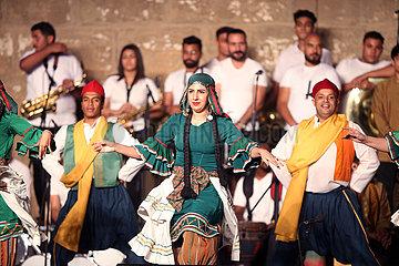 ÄGYPTEN-KAIRO-INTERNATIONALES FESTIVAL FÜR DRUMS UND traditionelle Kunst-OPENING