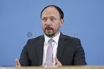 Bundespressekonferenz zum Thema: Zukunftszentrum fuer Deutsche Einheit und Europaeische Transformation
