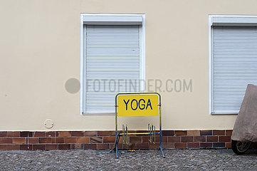 Berlin  Deutschland - Geschlossenes Yoga-Studio