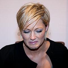 Saengerin Helene Fischer (DEU) - Autogrammstunde im Karstadt Leipzig