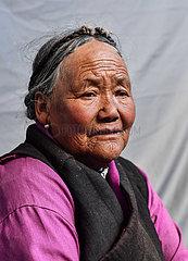 (InTibet) CHINA-TIBET-EHEMALIGE SERF-NEW LIFE-Tseten LHAMO (CN)