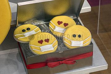 Smiley Kekse mit Mundschutz  Muenchen  5. Juni 2021