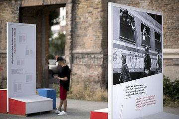 Zu/Flucht Open-air exhibition  Exilmuseum