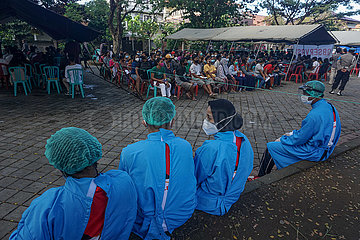 INDONESIEN-COVID-19-IMPFUNG