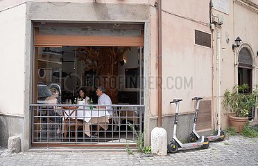 ITALIEN-ROM-COVID-19-RESTAURANT