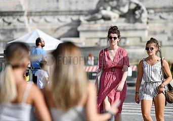 ITALIEN-ROM-ANTI-CORONAVIRUS Regeln NIEDRIGSTES LEVEL