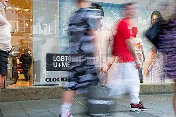 Shopping mit Sommerrabatten in München
