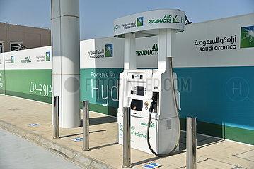 SAUDI-ARABIEN-DHAHRAN-ARAMCO-Wasserstoff-Fahrzeuge
