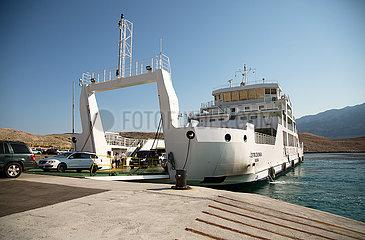Kroatien  Rab - Autofaehre von der Insel Rab zum Festland